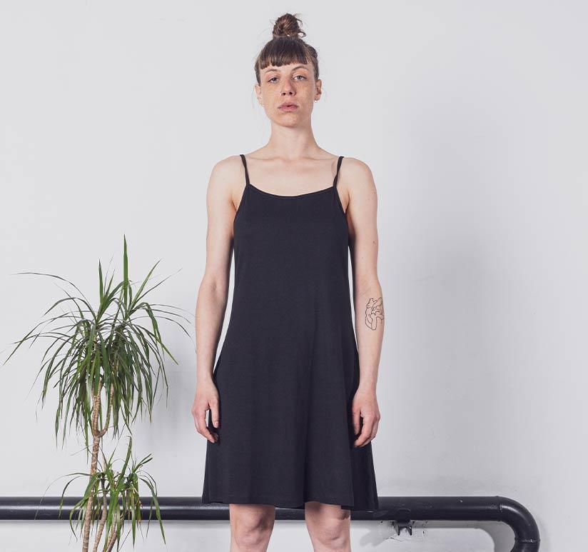 Degree-Clothing-Damen-S2021-Kleid-mobile